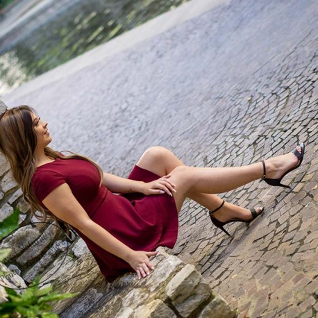 red-dress-senior-photos